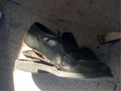 chaussure trouée